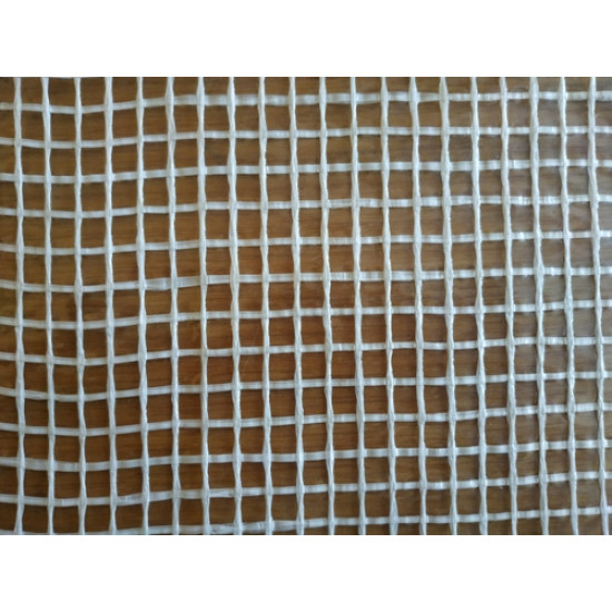 Плёнка тепличная армированная LT 2000. Плотность 180г\м2 .Рулон 3,30 х50 м